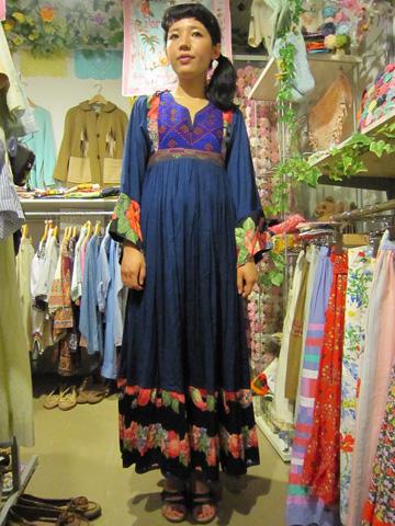 アフガン刺繍ワンピ