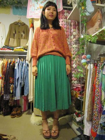 緑スカート