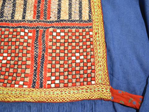 アフガン刺繍ワンピース