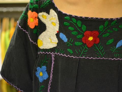 うさぎの刺繍