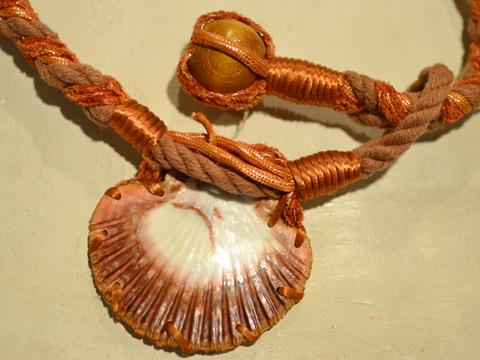 貝殻ベルト