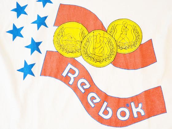 リーボック