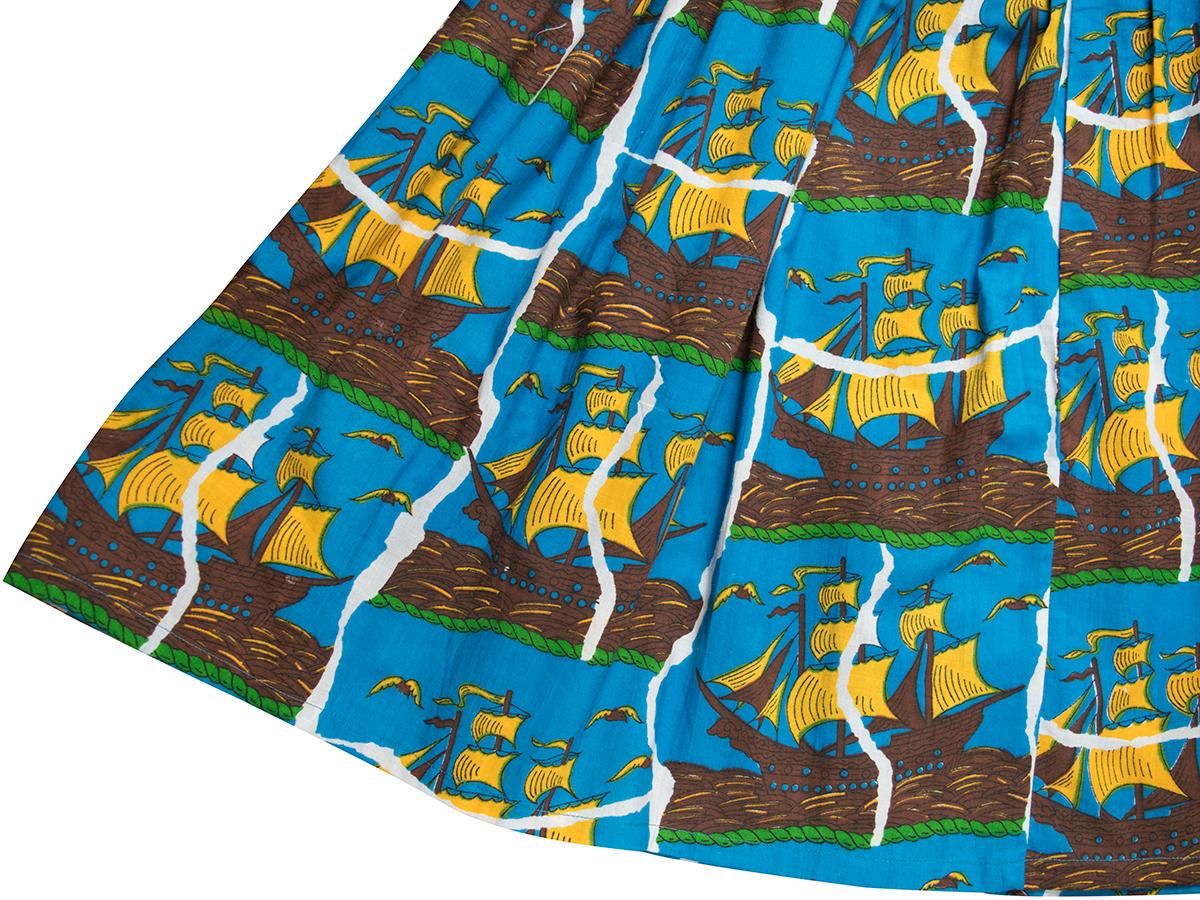 船柄スカート